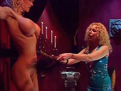 Domina femdom, Peitinho duro, Masturbação lesbians, Dominaçao lesbica, Dominação lesbica