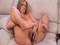 Squirting her, Squirting feet, Over squirt, All feet, All over she, Squirt over