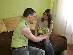 Meme ucu kız kıza, Rus