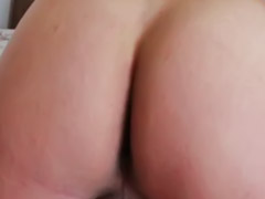 Masturbating solo, Gay ma