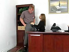 Sara mam, Fucking oficer, W biurze, Naćpana, Naćpane
