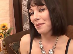 Rayvenes, Milf gives, Milf blow, Give a job, Blow-job, Blows jobs