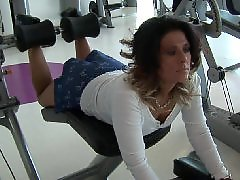 Women gets, Sweaty milf, Milf gym, Mature gym, Milf women, جيgym