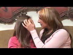Lesbiennes et fillettes, Lesbiennes et fillette, Lesbienne et fillette