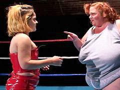 Midget, Wrestling, Midget man, Kinky, Lesbos, Midgets