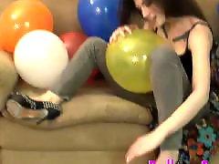 Teens blow, Teen emo, Teen tattoo, Tattoo teen, Tattoo amateur, Balloon blowing
