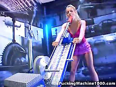 Machine orgasm, Wild blonde, Sexs machine, Sexe machine, Sex wild, Sex an