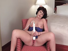 Toy solo, Shaved solo, Girl toys, Asian toys, Hitachi, Masturbation milf