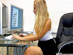 Kati, Büro office, Blond dünn, Büro