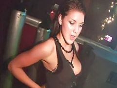Amateur public, Dance hot, Girl dance, Thi girl, To hot, Public hot